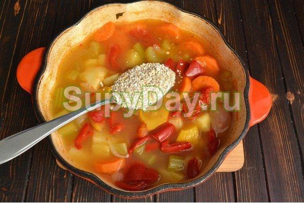 Овощной суп на говяжьем бульоне