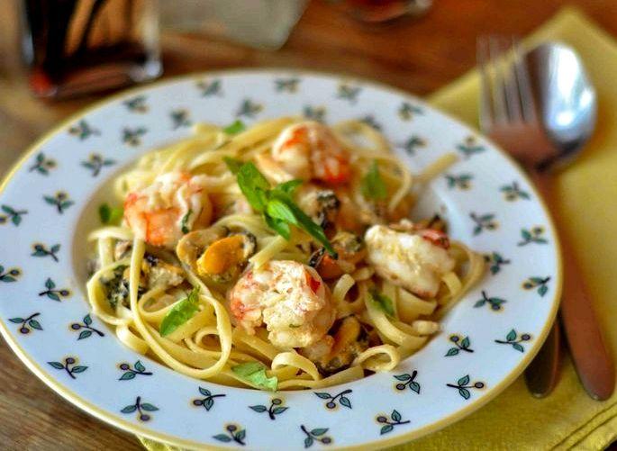 Паста с морепродуктами в сливочном соусе рецепт с фото белого вина