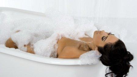 Пена для ванны своими руками: лучшие рецепты для каждого читателя