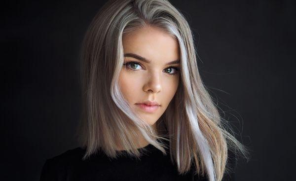 Пепельный цвет волос для зеленых глаз