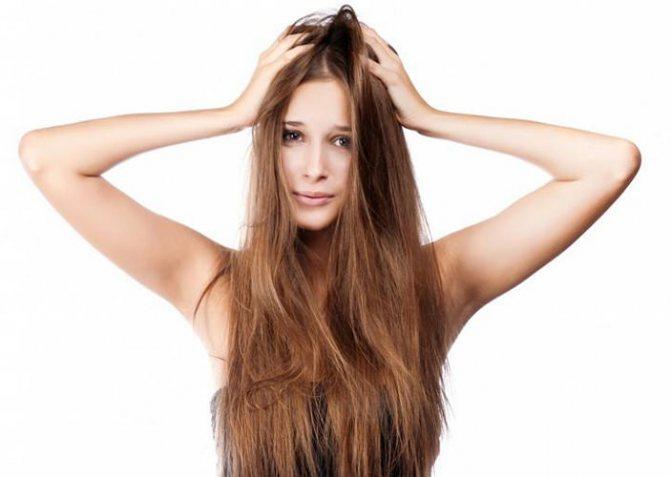 Зуд головы и перхоть: причины и способы лечение