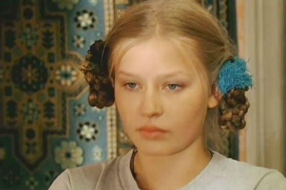 Первая роль Юлии Пересильд («Участок»)