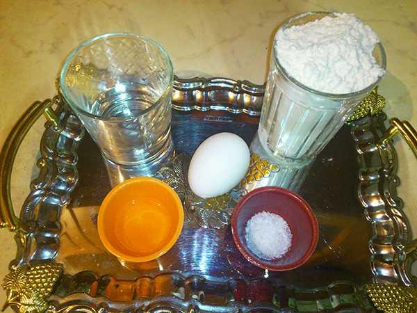 первоначальный состав продуктов для теста на пельмени