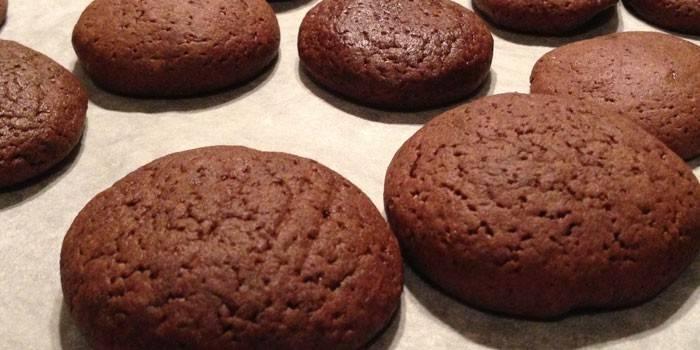 Песочное печенье с корицей и какао
