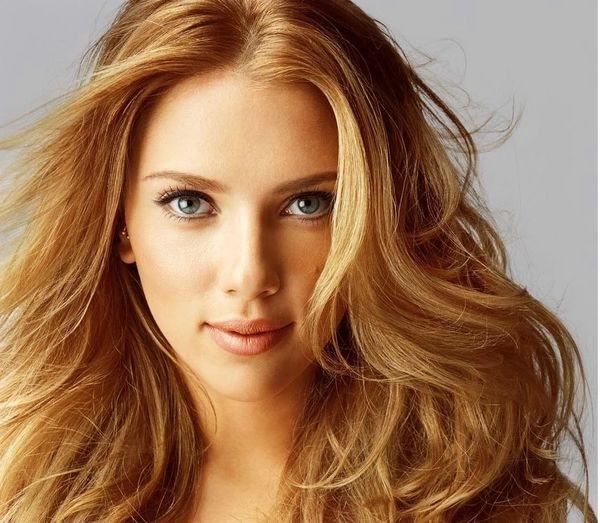 Песочный цвет волос для зеленых глаз