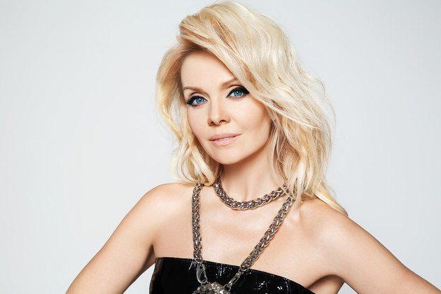 Певица Валерия родилась 17 апреля 1968 года в городе Аткарск Саратовской области