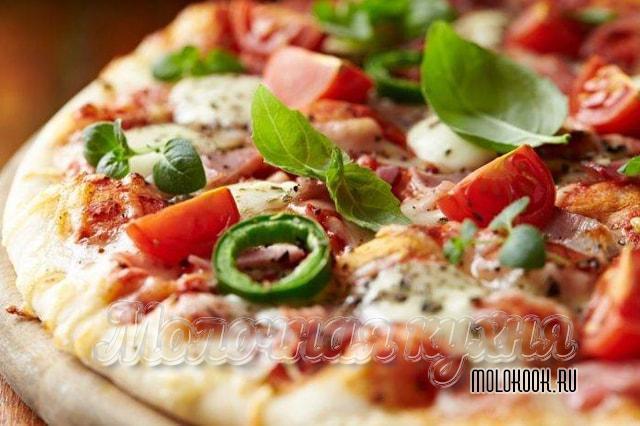 Пицца с эмменталем