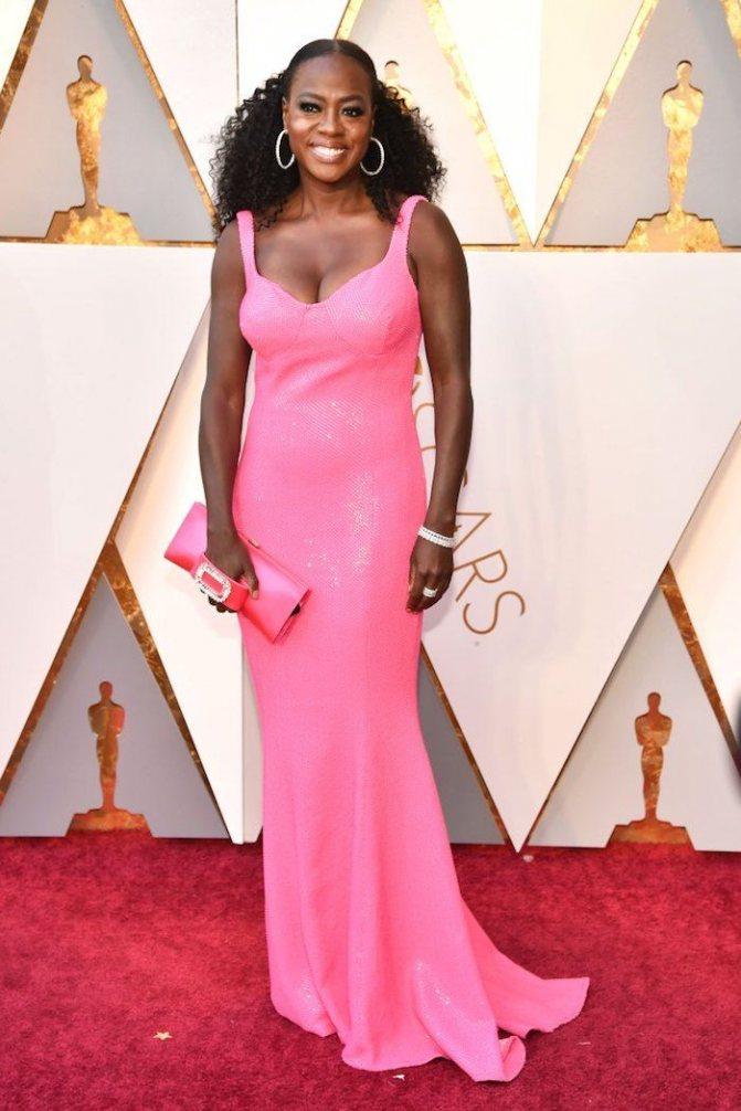 Платье Виолы Дэвис на красной дорожке Оскар-2018