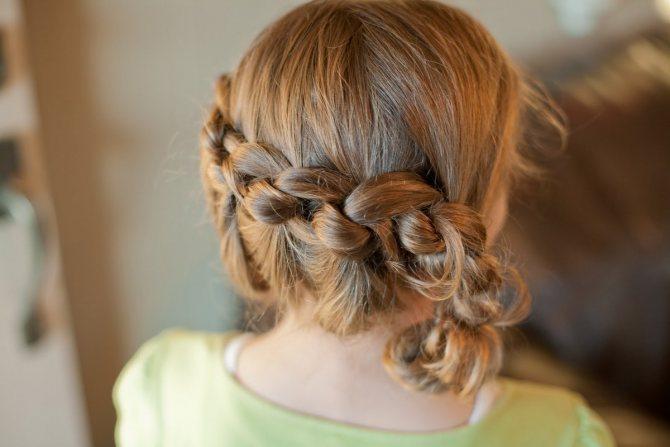 Плетение волос с резинками