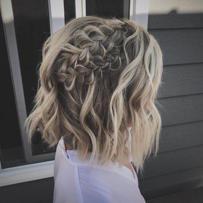 плетеные прически для коротких волос фото 2