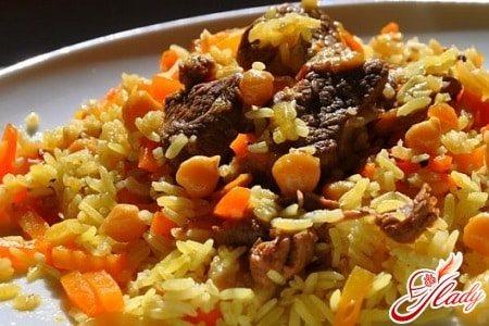 плов из свинины с рассыпчатым рисом