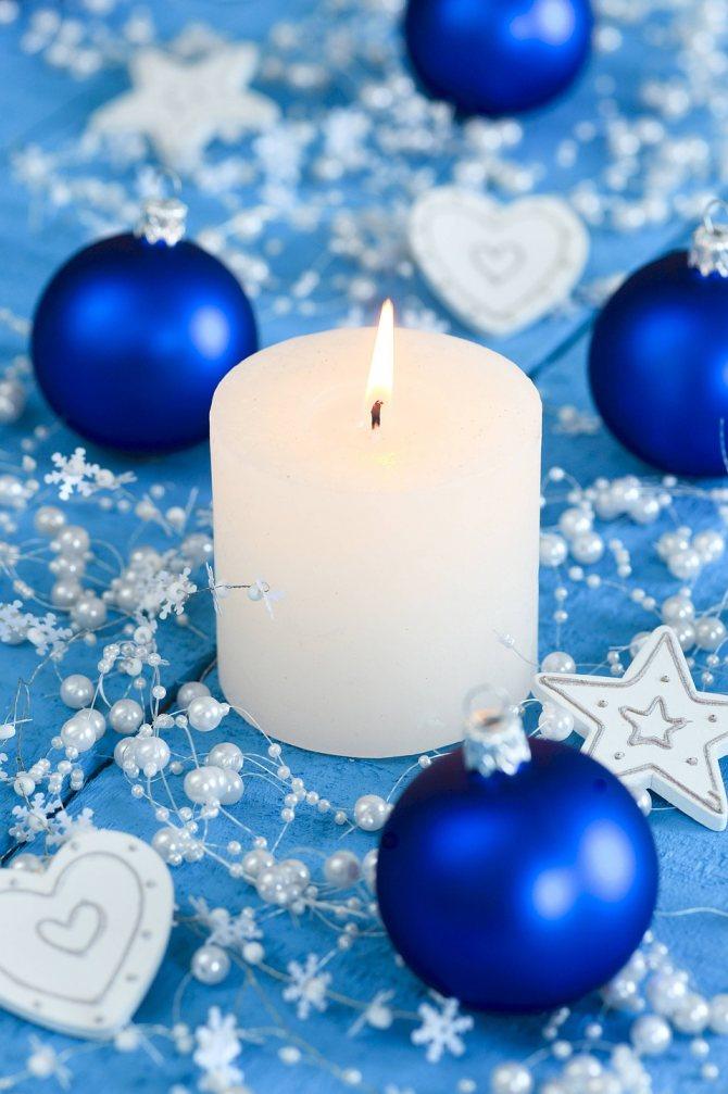По приметам, не стоит дарить кому-либо свечи. Даже декоративные. Фото: GLOBAL LOOK PRESS