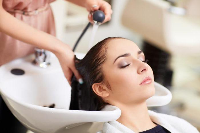 почему болят корни волос на макушке головы