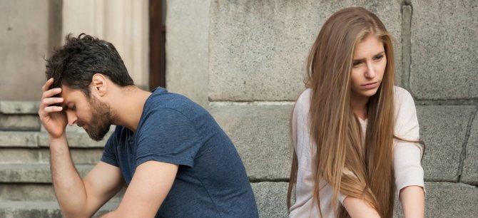 Почему девушка отказывается целоваться в губы? Советы Игоря Лапина