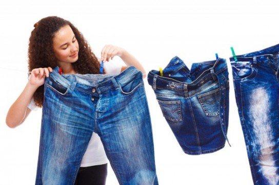 Почему джинсы линяют