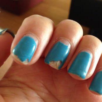почему гель лак мало держится на ногтях