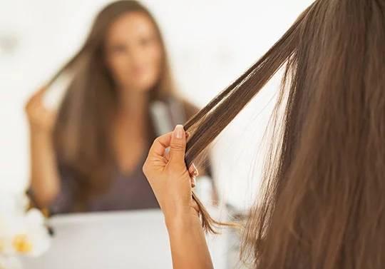 Почему волосы теряют блеск и шелковистость?