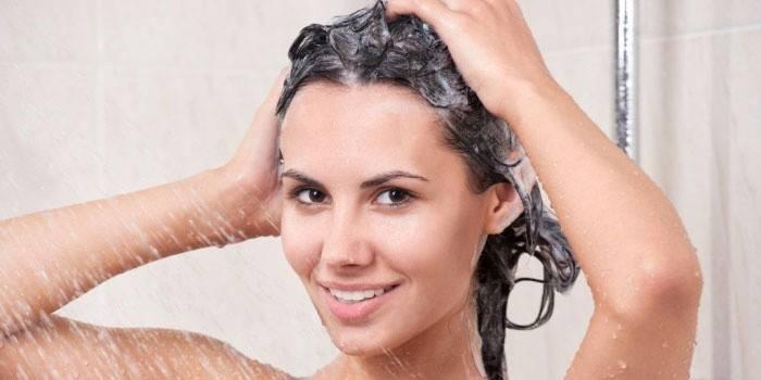 Почему вредно часто очищать голову