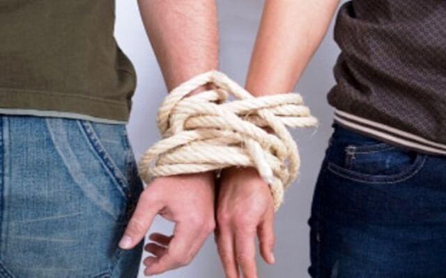Почему вы выбираете НЕ ТЕХ мужчин, или Кармические отношения