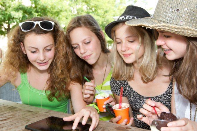 Подросток и диета: почему они считают себя толстыми - изображение №1