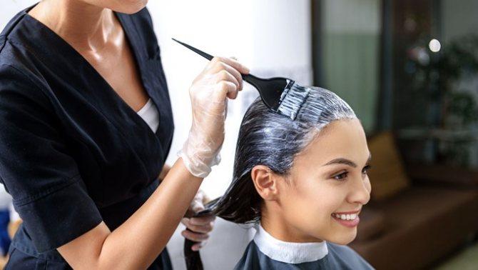 Полезные советы о том, как покрасить длинные волосы без ущерба для здоровья