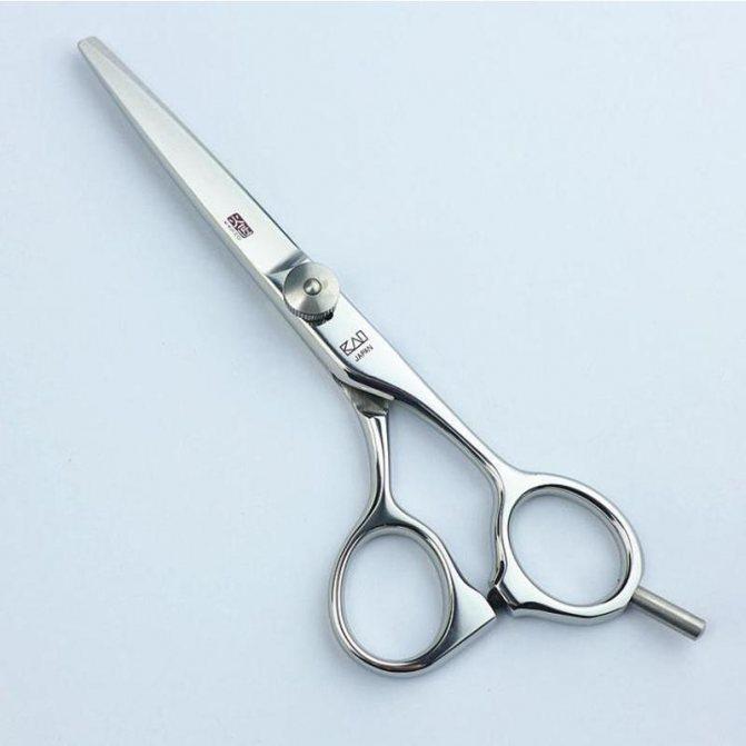 полировка волос или стрижка горячими ножницами