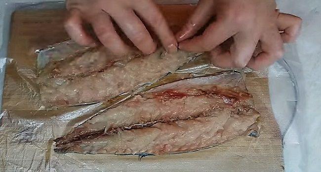 половинки скумбрии