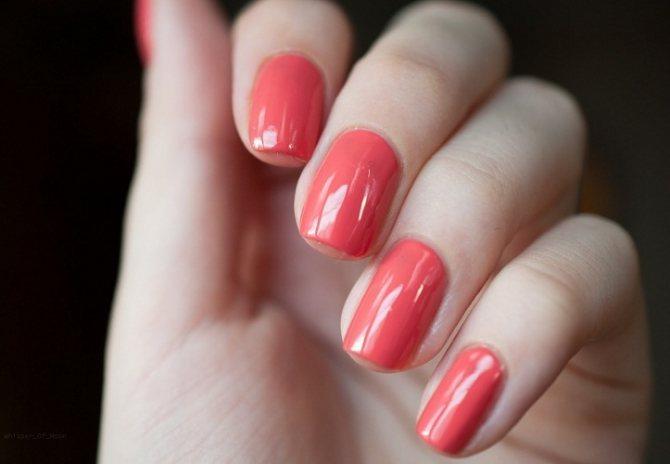 Постоянно ношение может негатично отразиться на здоровье ногтей