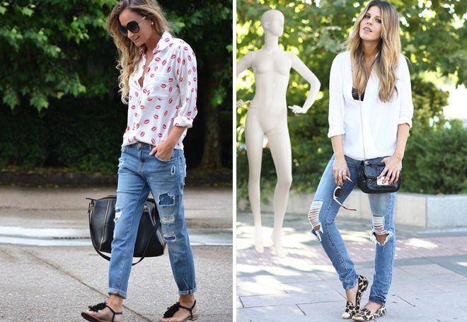потертые джинсы с балетками и сандалями
