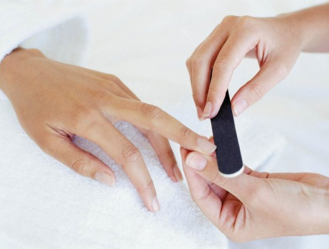 Придаем ногтям желаемую форму
