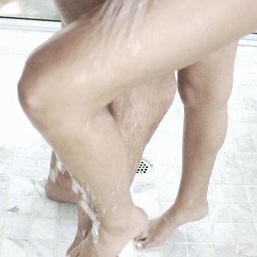 Примите душ вместе с водолеем