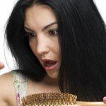 Процесс выпадения волос у женщин