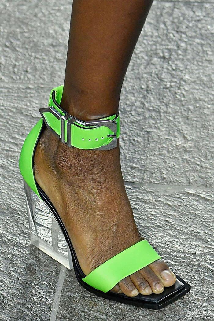 Прозрачный каблук (Versus Versace)