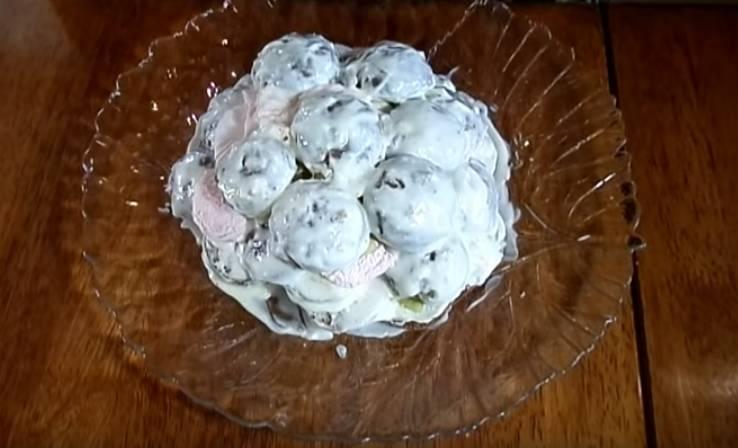 пряничный торт из зефира и киви