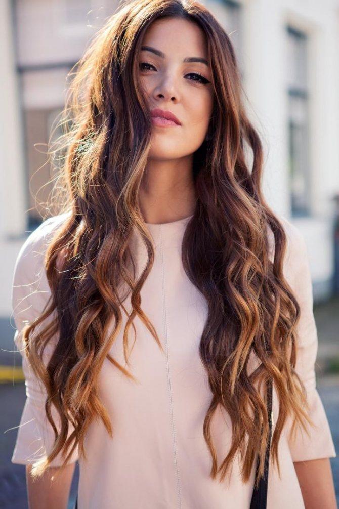 Распространенные способы мелирования темных волос