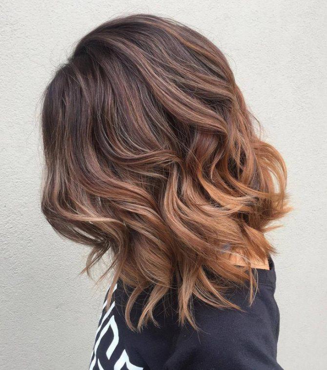 Растяжка цвета волос