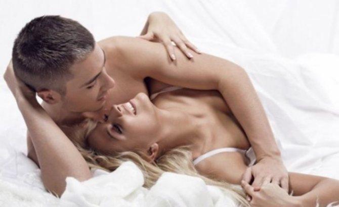 Разбудив девушку утром ласковым словом, вы подарите ей хорошее настроение на весь день.