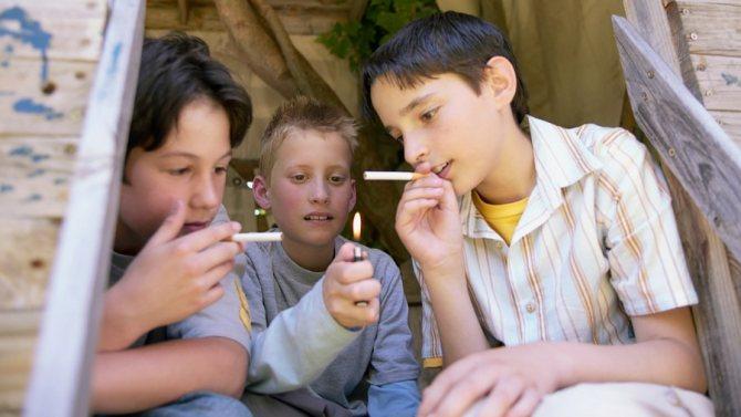 ребенок начал курить