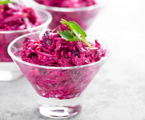 Рецепт салат из вареной свеклы. Салаты из вареной свеклы — 7 простых и очень вкусных рецептов 21