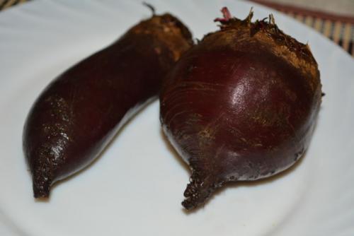 Рецепт салат из вареной свеклы. Салаты из вареной свеклы — 7 простых и очень вкусных рецептов