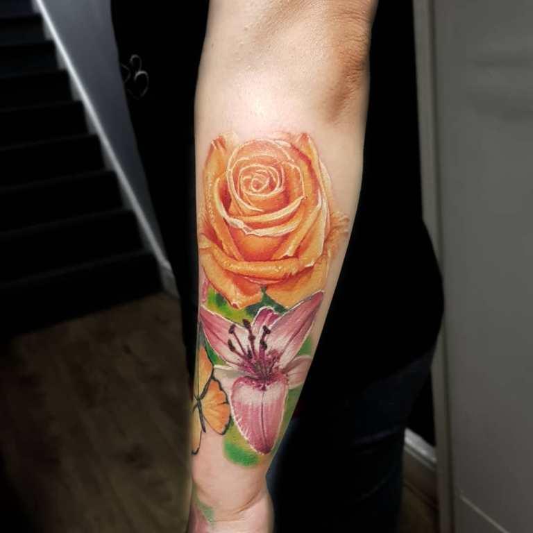 Роза и лилия