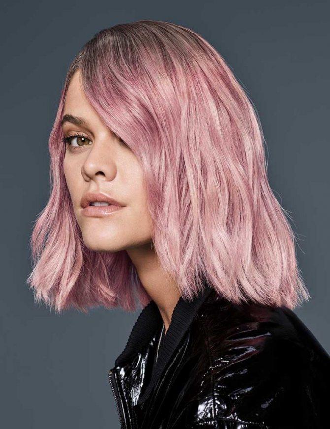 Розовый бордовый цвет волос