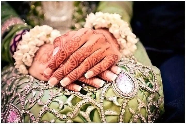 Руки индийской невесты