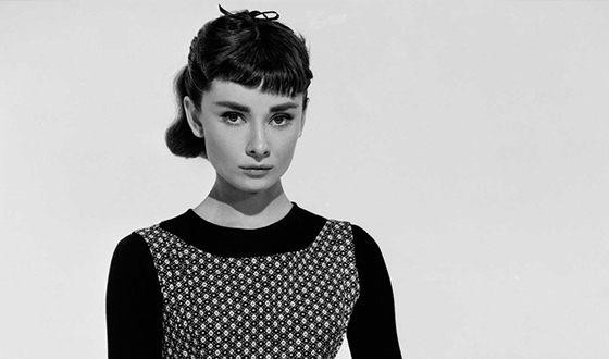 С 1948 года началась актёрская карьера Одри