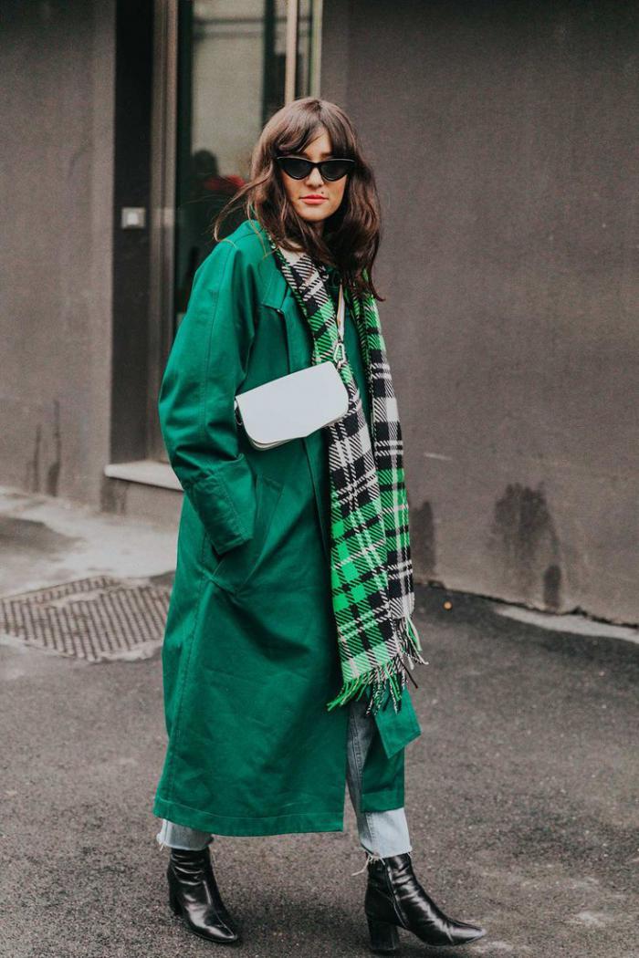 С чем носить пальто весной 2020 года