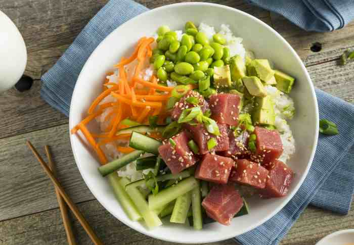 Салат - авокадо и тунец