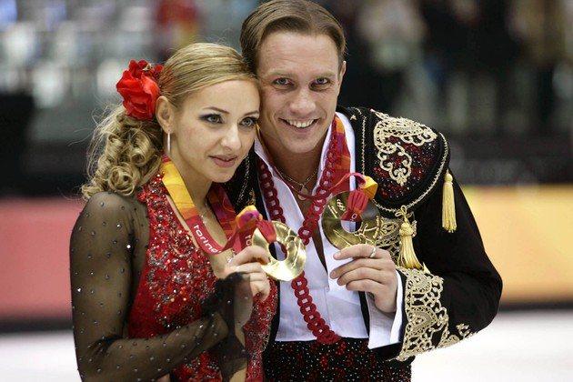 Самая значимая награда в спортивной карьере Татьяны Навки — золотая медаль на Олимпиаде в Турине (на фотографии — с Романом Костомаровым, 2006 год)