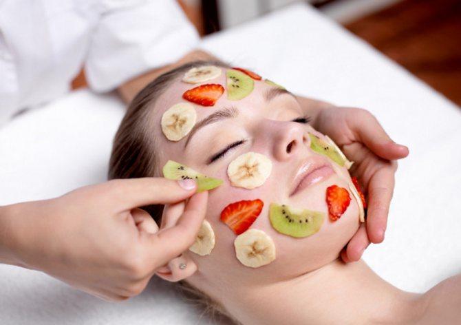Самые эффективные и популярные рецепты фруктовых масок для лица