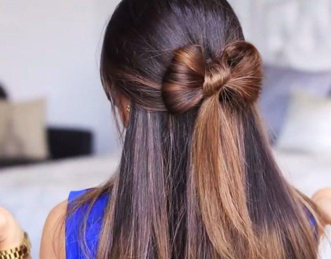 Сделать из волос бантик