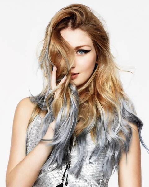 серебряные кончики волос